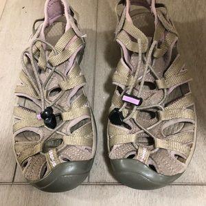 Keen women hiking sandals